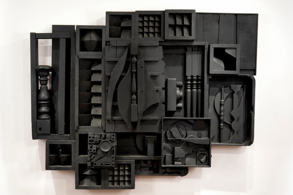 high relief – louise nevelson – moon star zag VIII